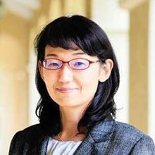平賀 純子 教授